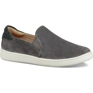 NWT UGG Cas Charcoal Suede Slip On Sneakers